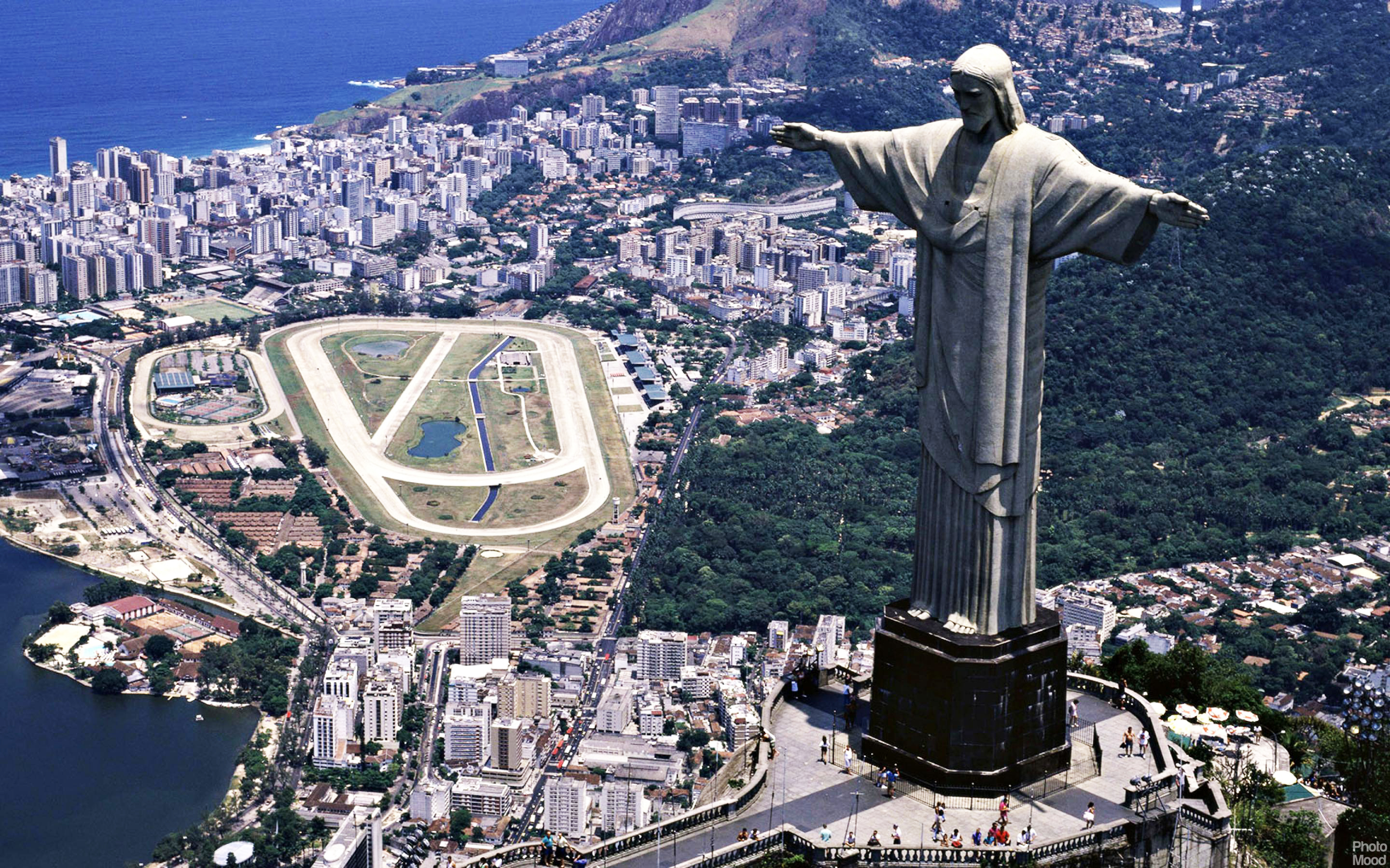 the statue of christ the redeemer essay @ni1 you might be interested in this short essay about the environment: if i was god for a day essay o positive blood group person character essay essays on causes.
